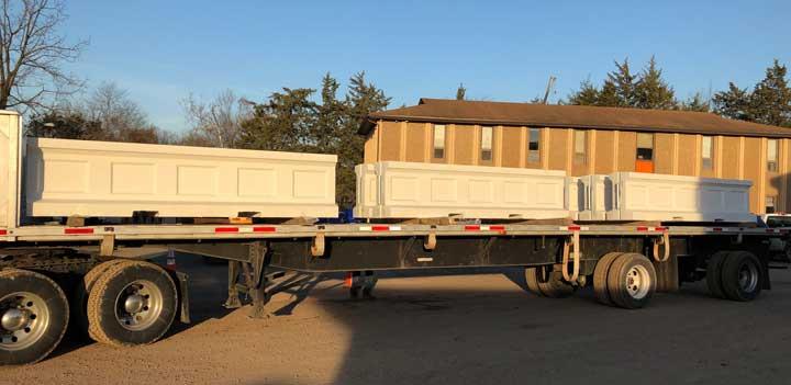 smith midland whitehouse j j hook barrier on truck