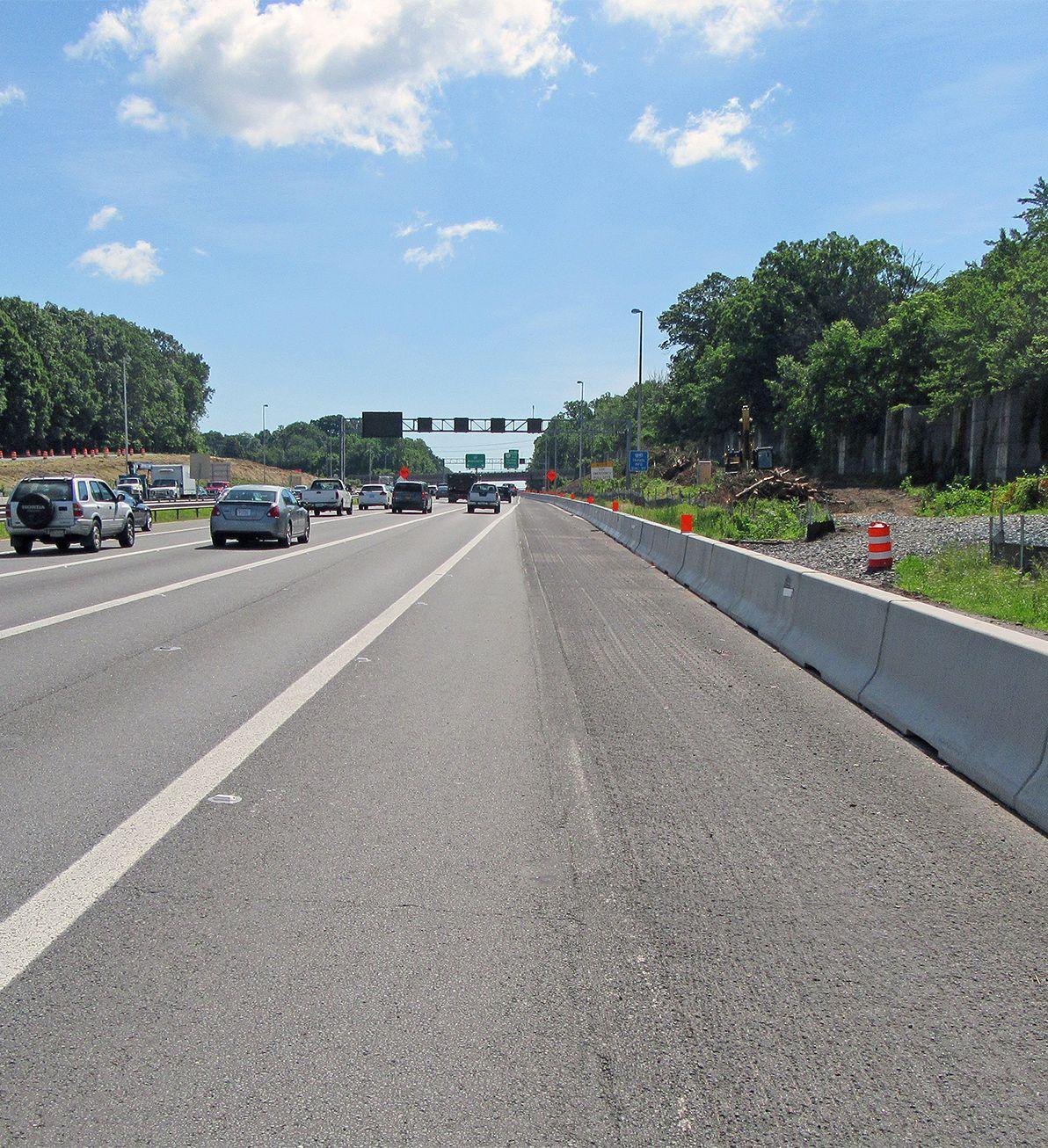 J-J Hooks barriers in use on I-66