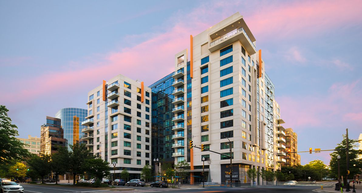 Latitude building using Architectural precast