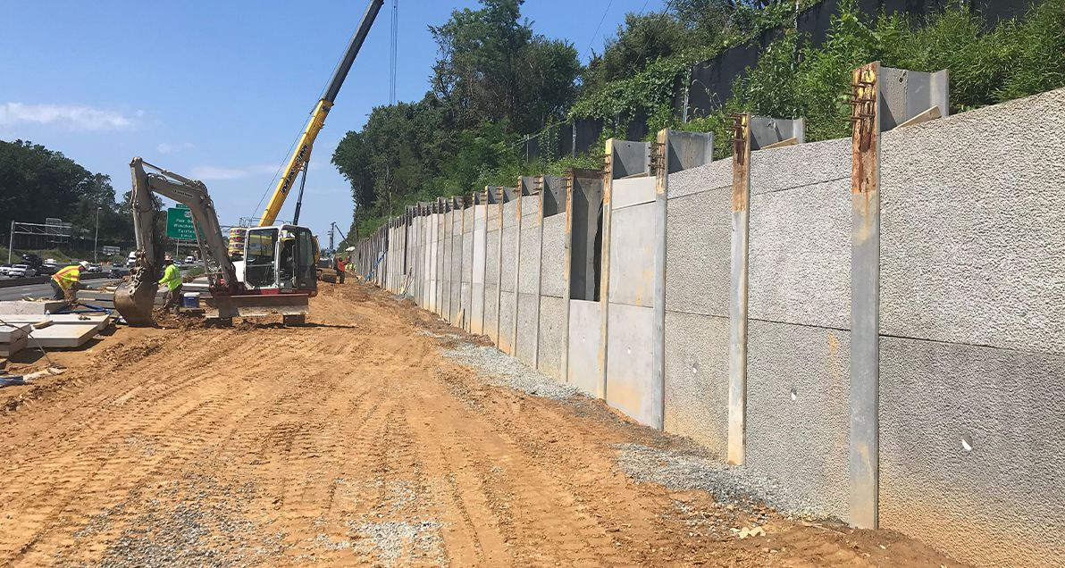 Lagging Panel installation on I-66