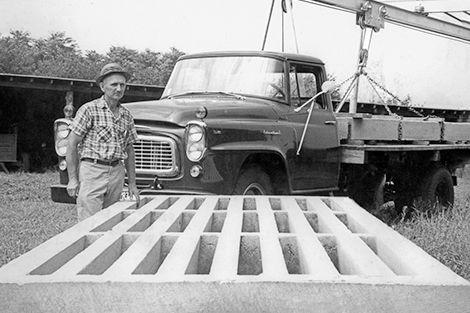 1960 - David Smith founds the Smith-Cattleguard Company