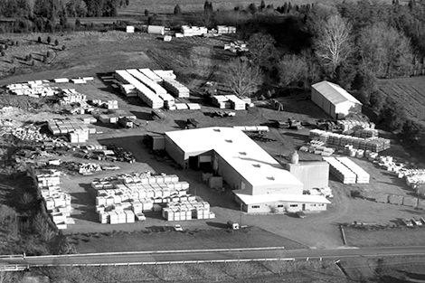 1970 - Smith-Cattleguard outgrows its first facility